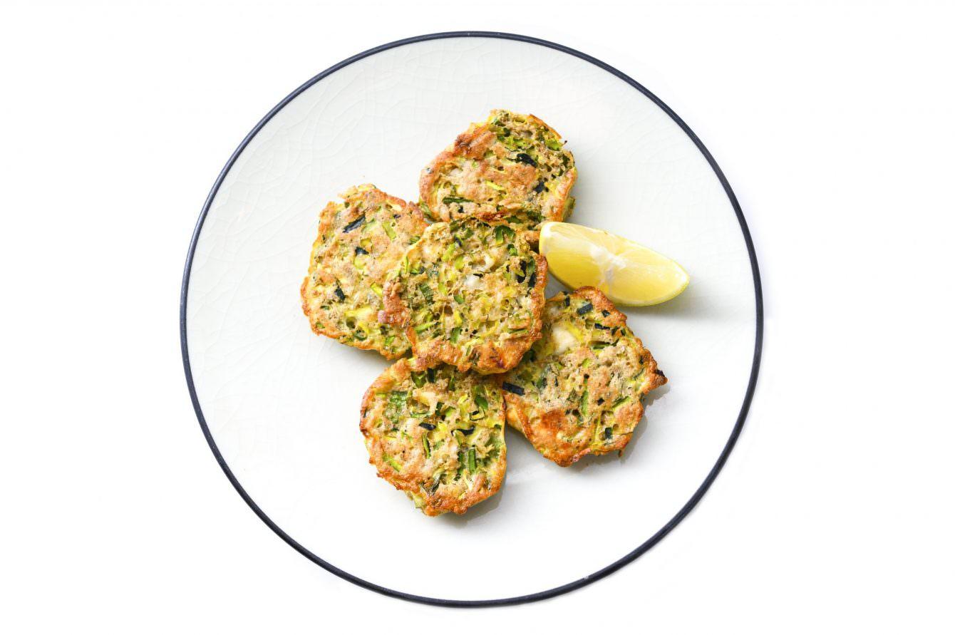 cW Recipes: Kolokithokeftedes (Zucchini Fritters)